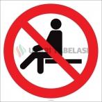 EF2140 - Buraya Oturmak Yasaktır İşareti