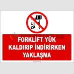ZY2715  - Forklift Yük Kaldırıp İndirirken Yaklaşma
