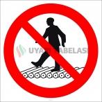 EF2976 - Konveyör Bantın Üzerine Çıkmak Yasaktır İşareti/Levhası/Etiketi