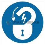 PF1129 - Elektrik Tehlikesine Karşı Kilitli Tut İşareti/Levhası/Etiketi