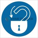 PF1130 - Kilitleyin İşareti/Levhası/Etiketi
