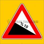 PF1218 - Tehlikeli Eğim (İniş) Trafik Levhası