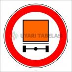 PF1331 - Tehlikeli Madde Taşıyan Taşıt Giremez Trafik Levhası